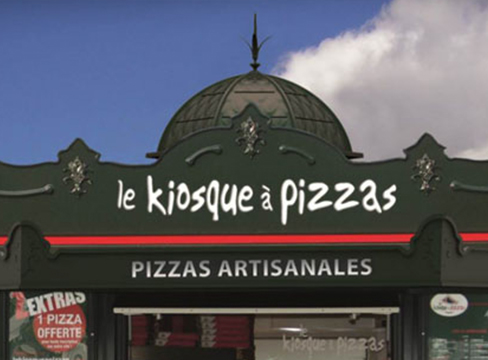 Devanture de kiosque à pizza